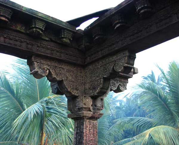 Early Indian Mughal Teak Four-Column Pergola