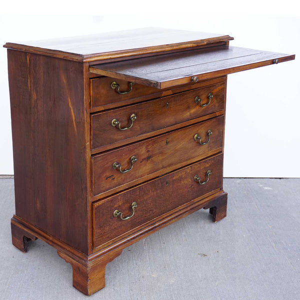 English George III Walnut Veneer Bachelor's Chest of Drawers