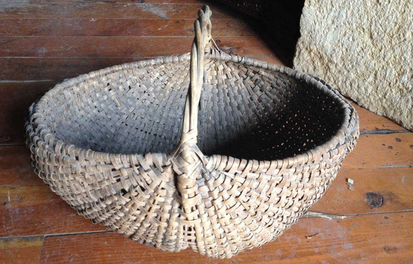 Early American Split Hickory Buttocks-Form Gathering Basket