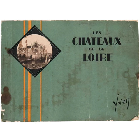 Vintage Illustrated Album: Les Chateaux de la Loire by Jean-M. Schweitzer