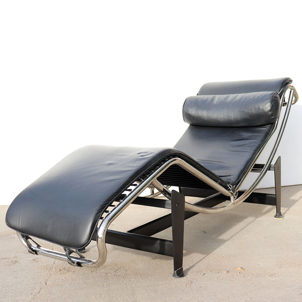 Vintage Reproduction Le Corbusier Leather and Steel Tubular Frame Lounge Chair