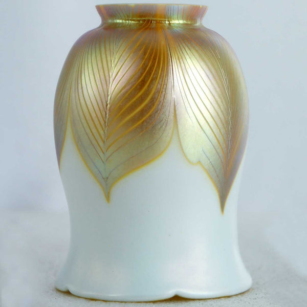 Set of Three American Art Nouveau Gold Pulled Feather Art Glass Lamp Shades