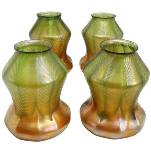 Set of Four American Quezal Green and Gold Pulled Feather Glass Lamp Shades