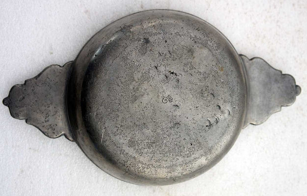 American Thomas Danforth III Pewter Two-Handle Porringer