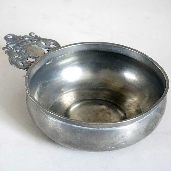 American New England Pewter Crown Handle Porringer