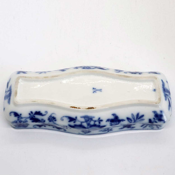 Unusual German Meissen Blue Onion Porcelain Toothbrush Holder Covered Box