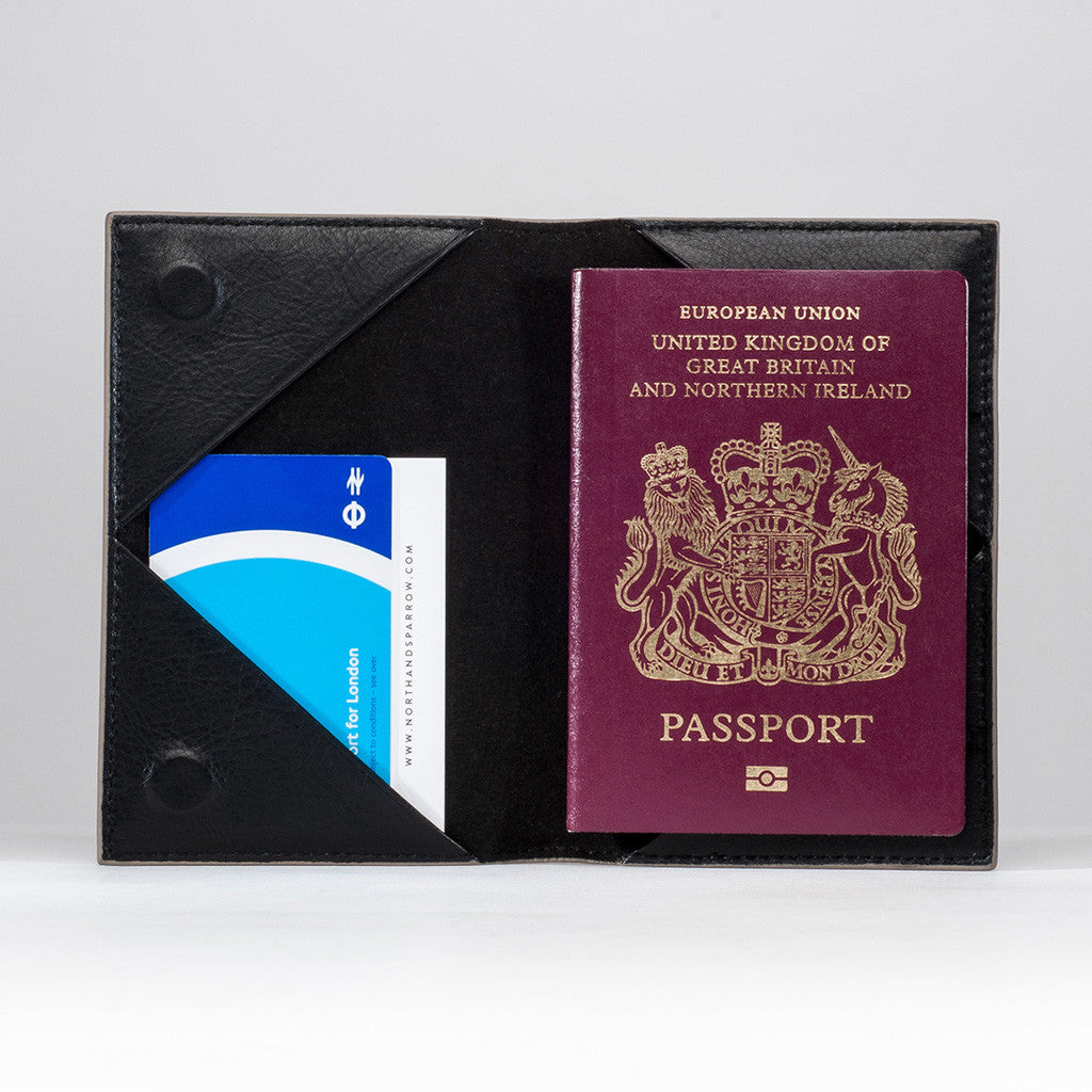 Passport Sleeve - Tan