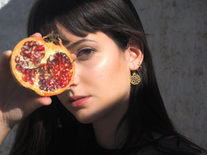 Artisan handmade jewelry made in Granada. Made in Spain jewelry. Typical crafts from Granada. Pomegranate fruit earrings. Original earrings made by hand.