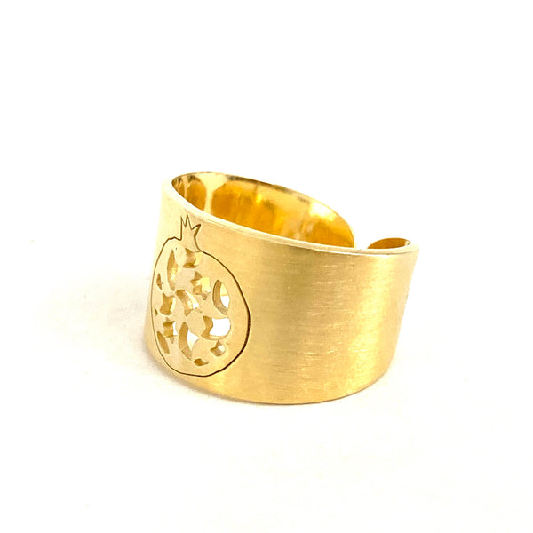 2 grenade wide adjustable ring. Gold plated silver. PLATÓNICA, contemporary signature jewelry. manufactured in our workshop in Albaicin, Granada, Spain. Handmade jewelry. Alhambra Jewels, Granada
