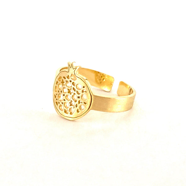 Pomegranate fine adjustable ring no.4. Gold plated silver. PLATÓNICA, contemporary signature jewelry. manufactured in our workshop in Albaicin, Granada, Spain. Handmade jewels.Joyas Alhambra, Granada