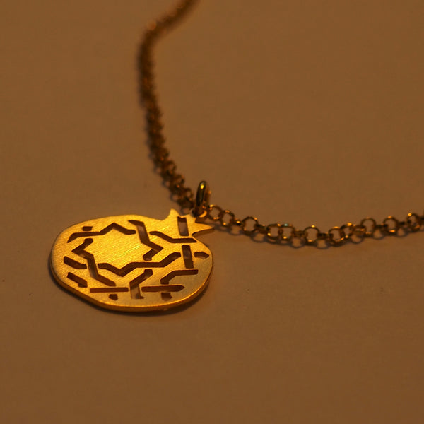 Granada pendant no.3. . Gold plated silver. PLATÓNICA, contemporary signature jewelry. manufactured in our workshop in Albaicin, Granada, Spain. Handmade jewelry. Alhambra Jewels, Granada. Granada crafts. Jewels made from Andalusia.