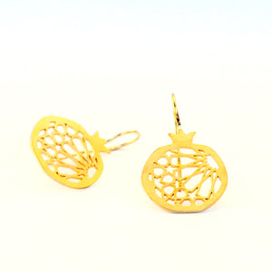 Pomegranate hook earrings no. 1 . Gold plated silver. PLATÓNICA, contemporary signature jewelry. manufactured in our workshop in Albaicin, Granada, Spain. Handmade jewelry. Alhambra Jewels, Granada. Granada crafts. Jewels made from Andalusia.