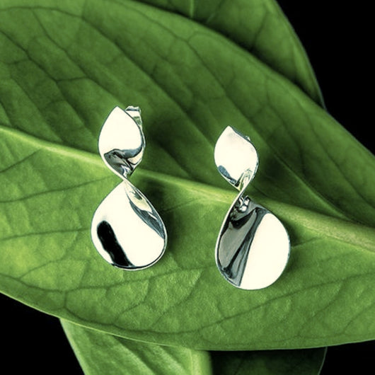 Pendek Sterling Silver Twist Post Earrings