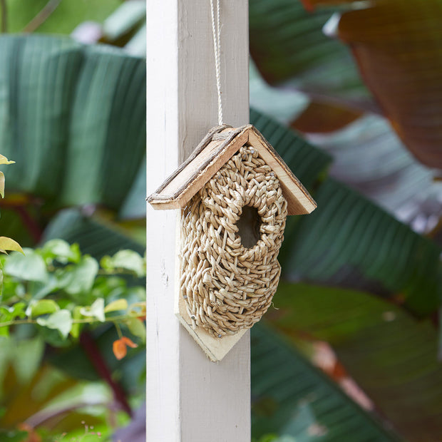 Wall-Mounted Basket Birdhouse lifestyle