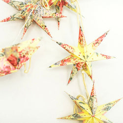 10-Piece Floral Mini Star Lantern Strand Set detail