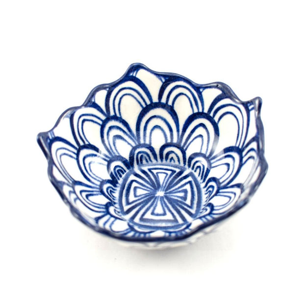 Hand-painted Ceramic Lotus Bowl blue and white