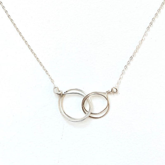 Zomi Circles of Unity Silver Necklace