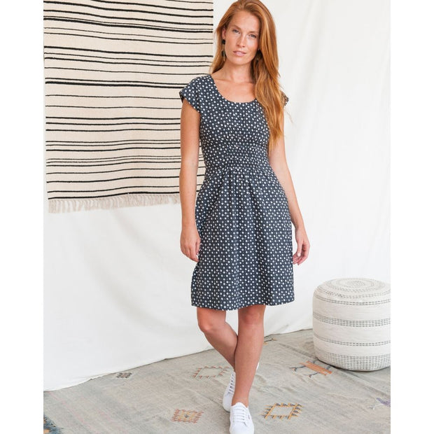 Artsy Traveler Dress Black Dots