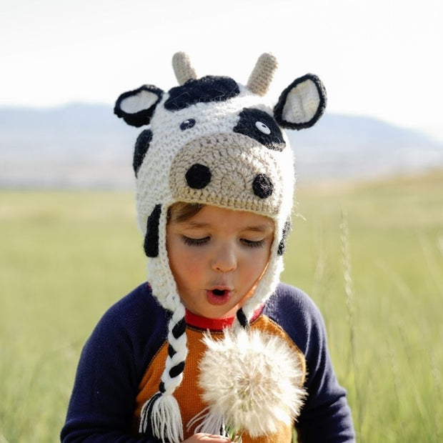 Kids Hand-knit Hat - Cow lifestyle