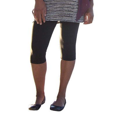 Organic Cotton and Spandex Mid-Calf Leggings MODEL FRONT VIEW
