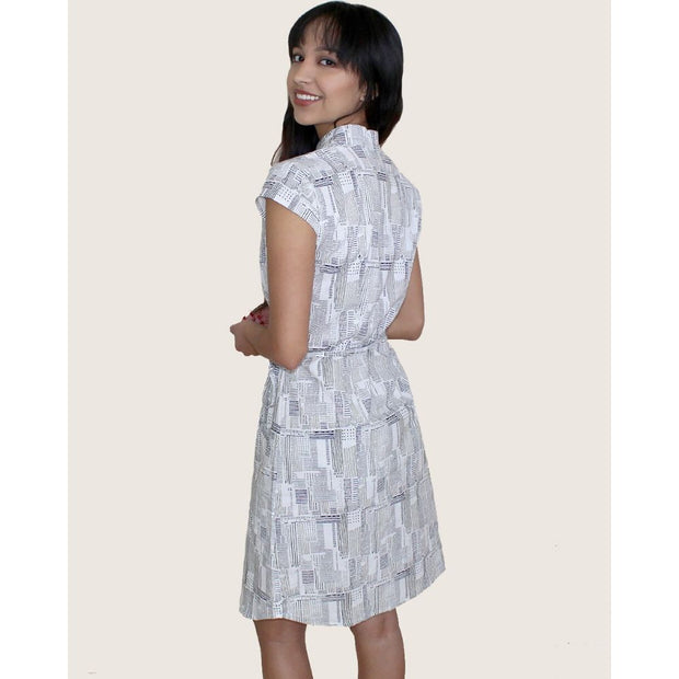 Newsy Gazette Cotton Button Dress backview