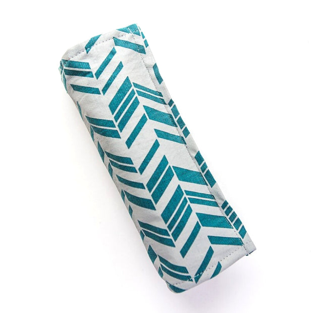Wayfarer Jewelry Roll Travel Case - Teal closed