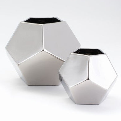 Faceted Vase – Silver