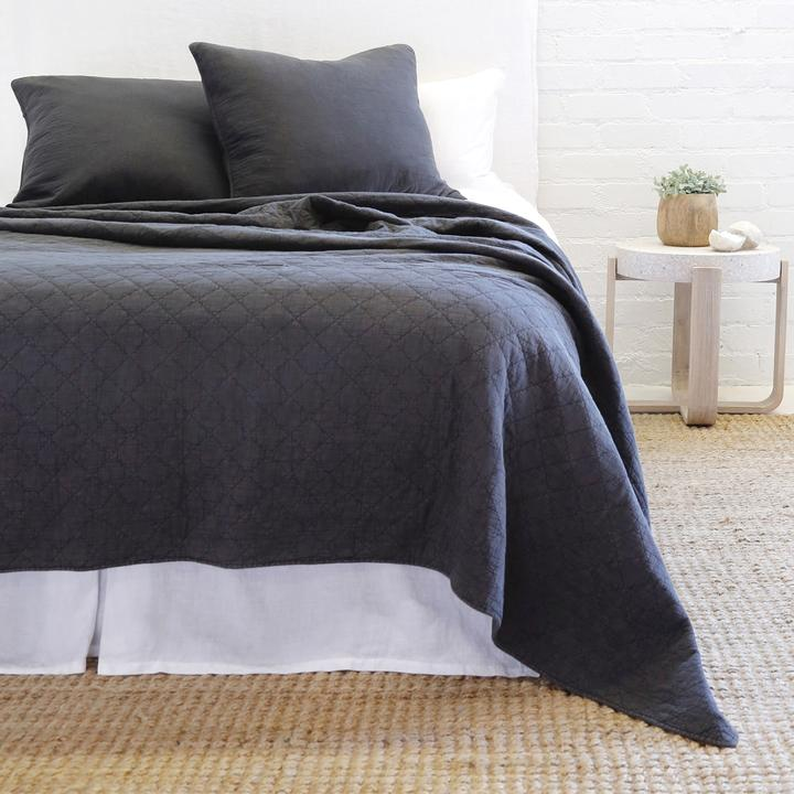 POM POM AT HOME HUNTINGTON-MIDNIGHT-COVERLET