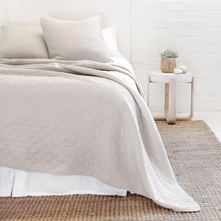 POM POM AT HOME HUNTINGTON-TAUPE-COVERLET