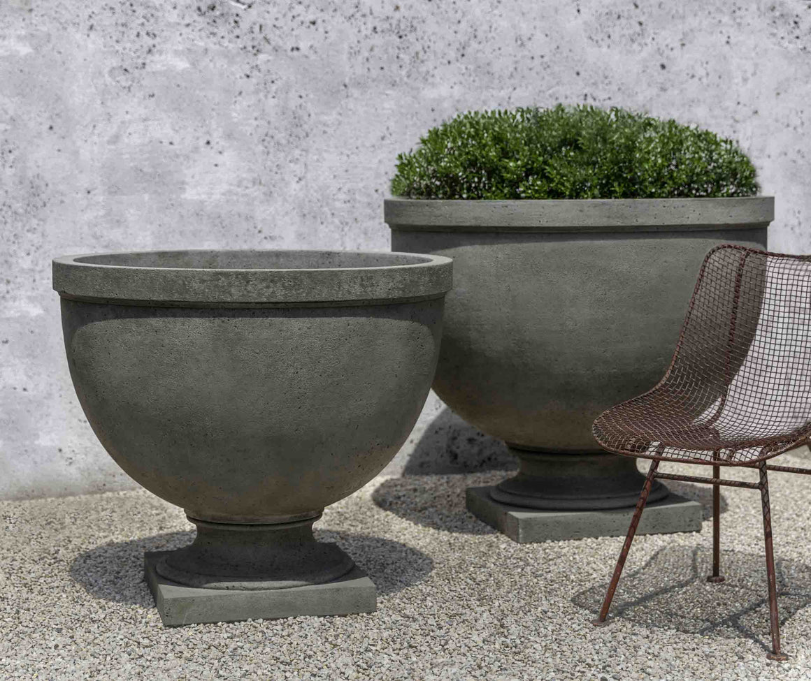 Huntington Small Urn Planter - Alpine Stone (14 finishes available)