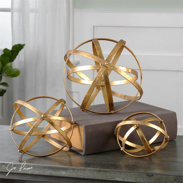 Decor - Golden Spheres – Set Of 3