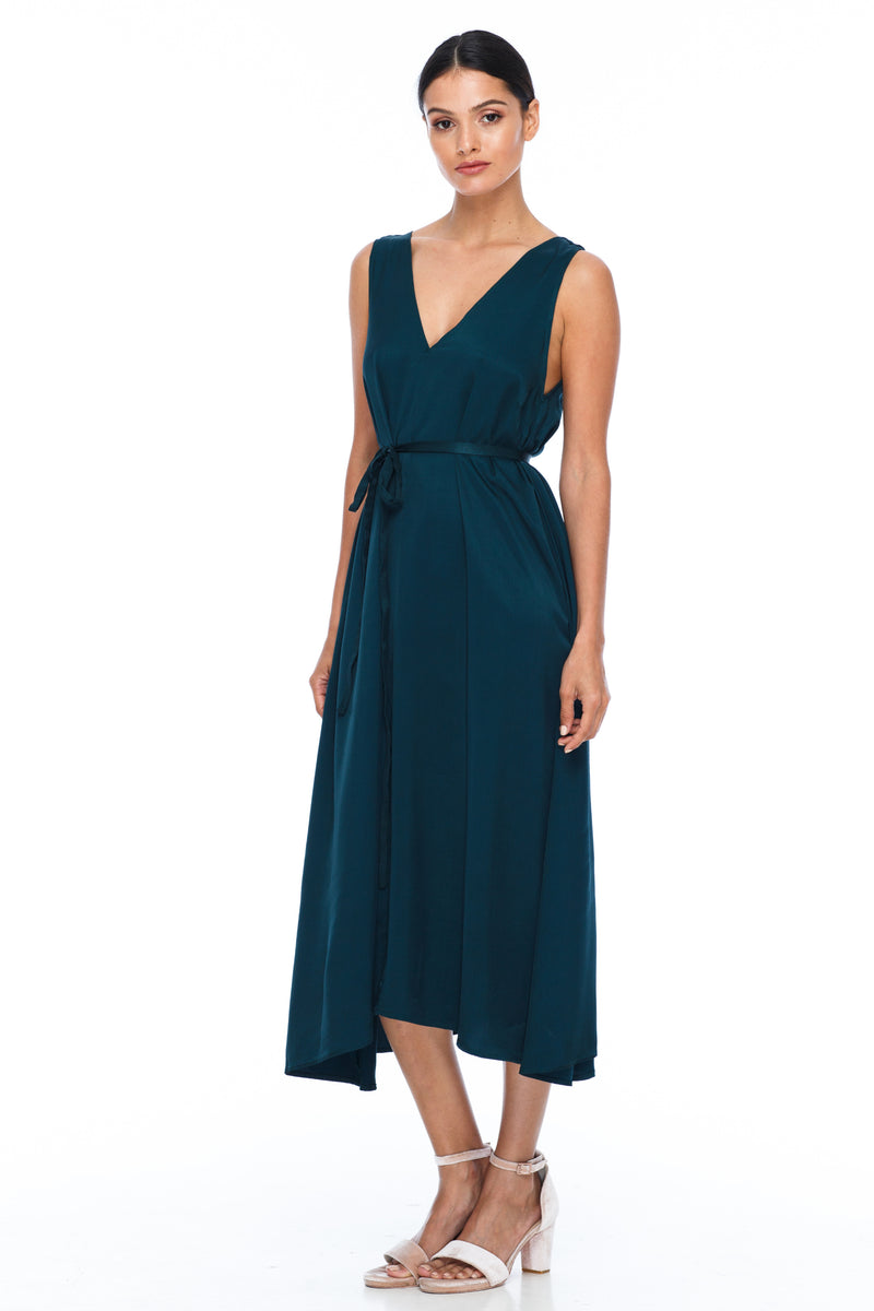 BLAK BRIDESMAIDS -  Calm Dress -Emerald - Featuring a low v-neckline front and back with wider straps. An easy fit dress with self-waist tie.  Midi Length / 100% viscose.
