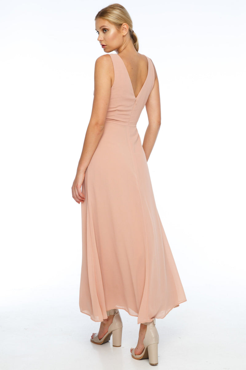 BLAK BRIDESMAIDS  A flattering v neckline, and thicker straps makes the Believer Dress compatible with most body shapes. With a fitted body and flowing skirt, the front split adds a little bit of drama to a classic shape.  Back View.