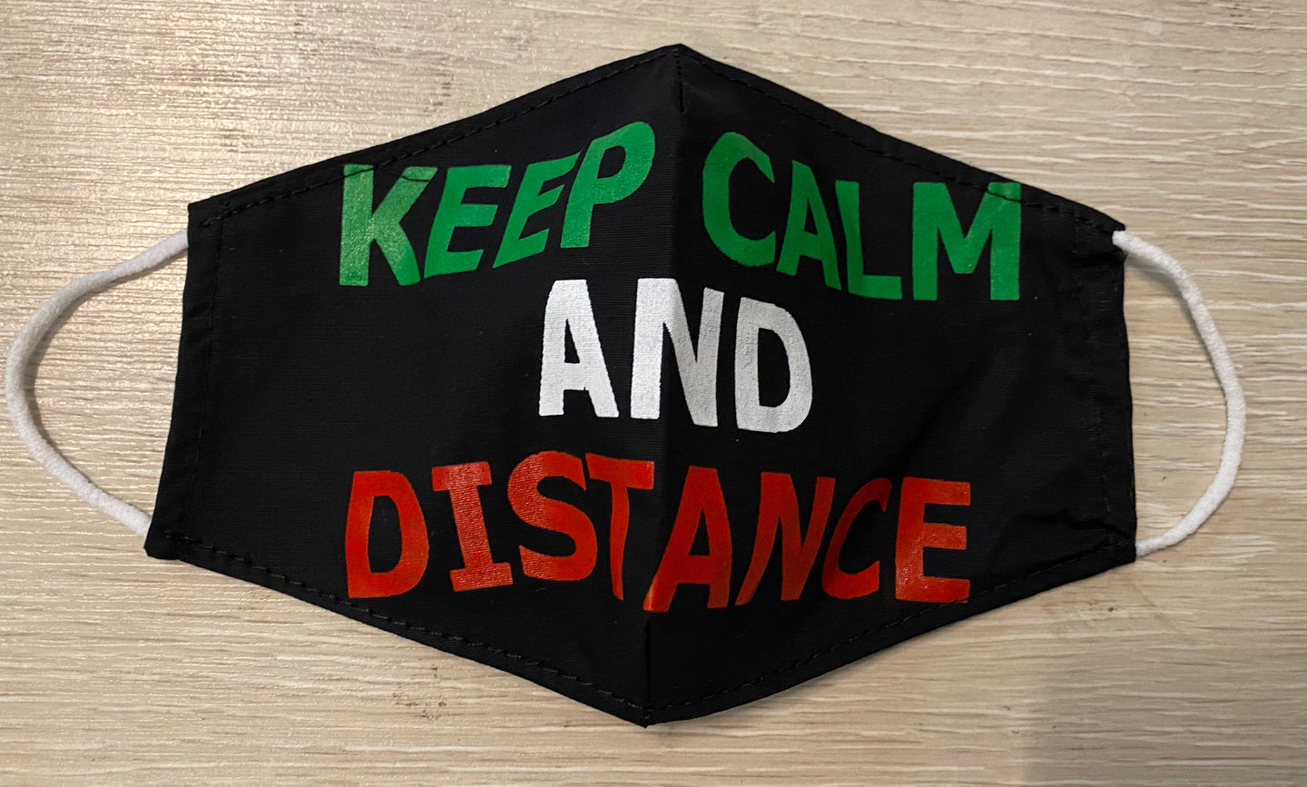 Maske KEEP CALM AND DISTANCE