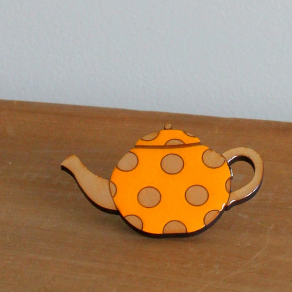 Spotty teapot brooch