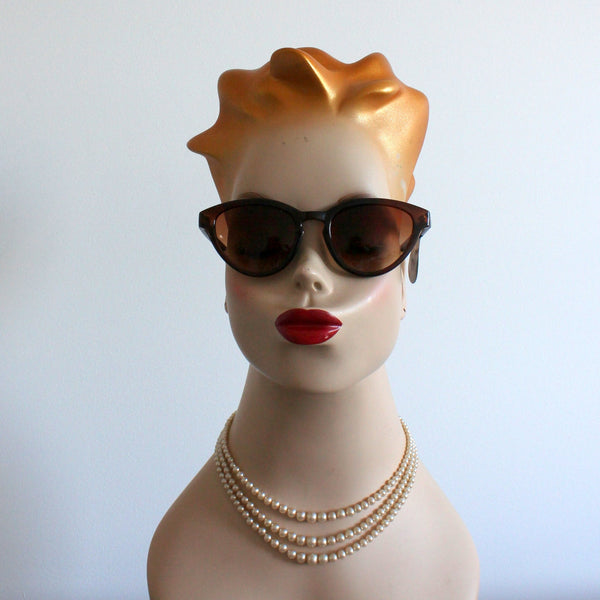 'Cynthia stands out' vintage style sunglasses amber