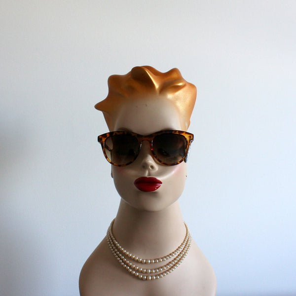 'Winning Look' vintage style sunglasses tort
