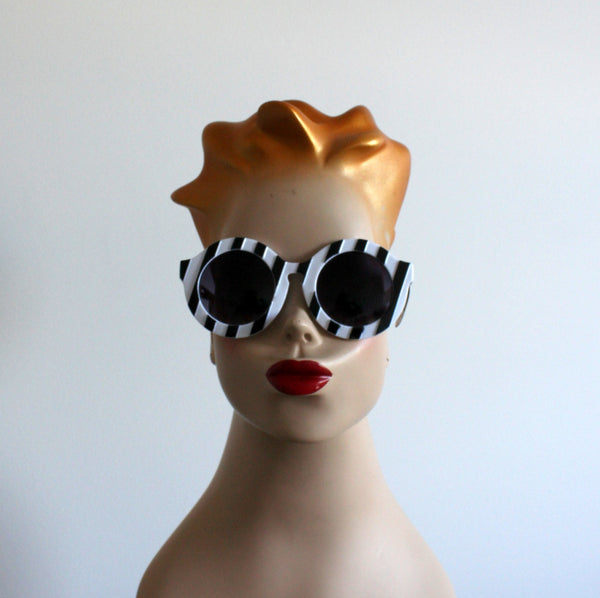 'Striped Sensation' vintage style sunglasses