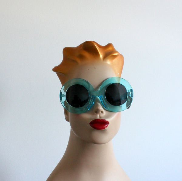 'Popping Candy' vintage style sunglasses blue