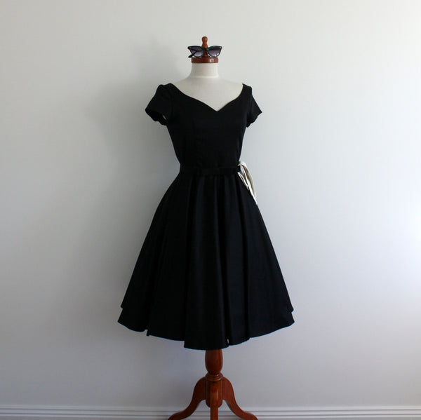 'Mrs Mulberry' 1950's style dress with full skirt