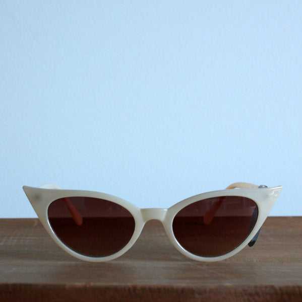 'Pool Party' vintage style sunglasses cream