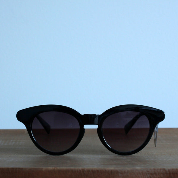 'Through the grapevine' vintage style sunglasses black
