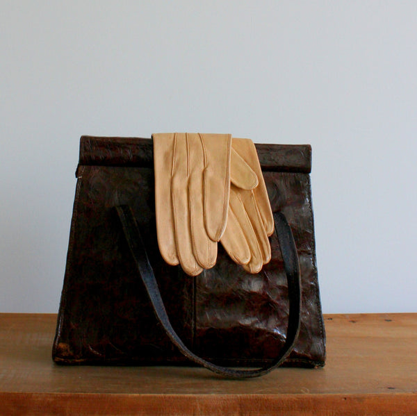Vintage 1960's short leather gloves