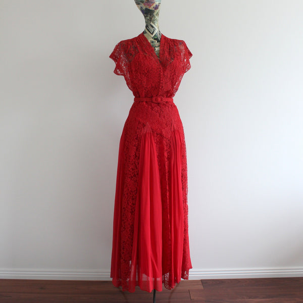 Vintage 1940's lace evening gown