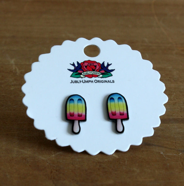 Icypole stud earrings