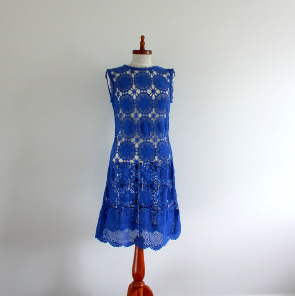 Sleeveless upcycled crochet lace shift dress