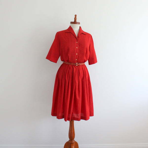 Vintage 1940's shirtwaist dress
