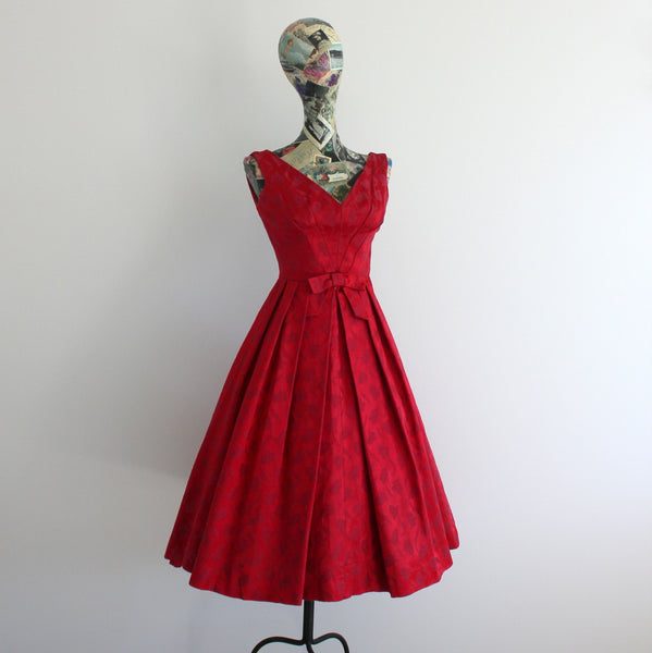 Vintage 1950's sleeveless jacquard cocktail dress