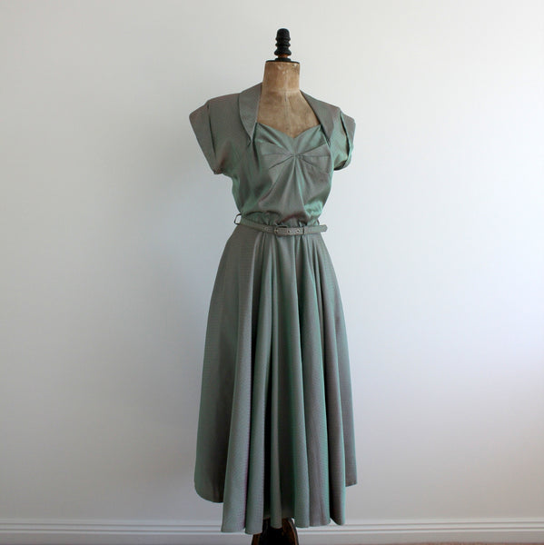 Vintage 1940's sweetheart dress