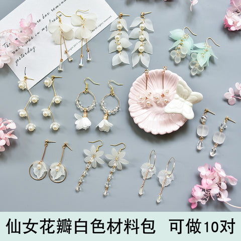 Earrings material bag accessories of own DIY production -Petal white